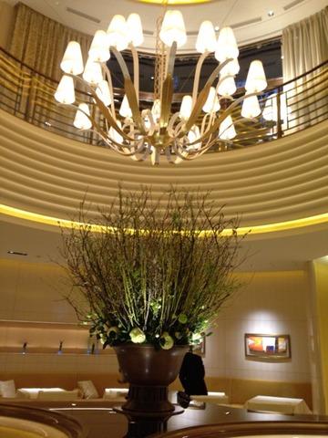 《レビュー》THE STORY OF L'OSIER 最高のレストラン「ロオジエ」最上のおもてなしの秘密(橋本麻里)
