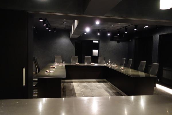 レストランは誰のもの?―移転後の81(エイティワン)