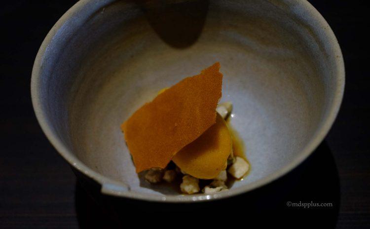 吉野柿のソルベ 大和紅茶の渋みと種
